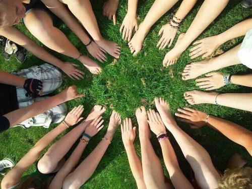 Pourquoi vous devriez intégrer des activités de consolidation d'équipe et quels sont leurs avantages pour votre entreprise ?