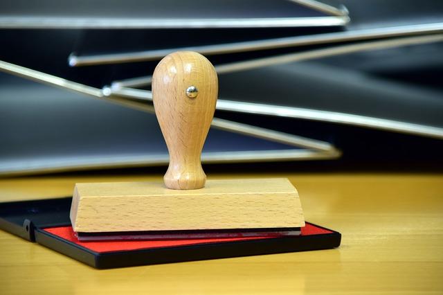 Entreprise : Un tampon encreur dans le domaine professionnel